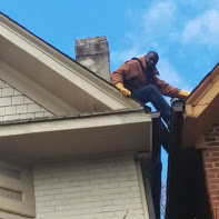 Eaves cleaning in toronto